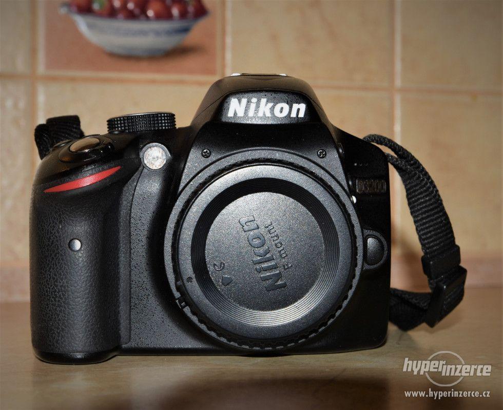 Prodám NIKON D3200 tělo - foto 1