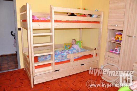 Patrová postel z masivu - foto 1