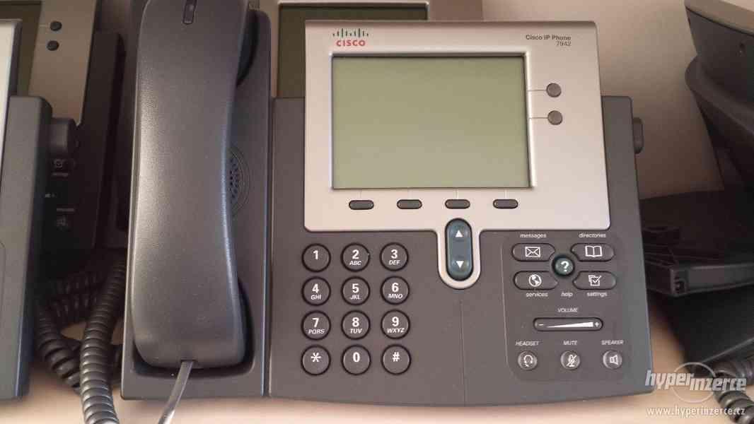 Prodám CISCO IP PHONE 7942 – stolní telefon