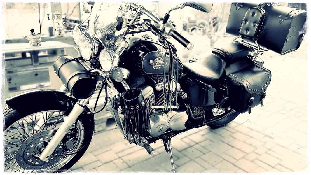 Honda VT600C Shadow - foto 1