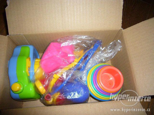 3 hračky pro nejmenší - balíček - foto 1