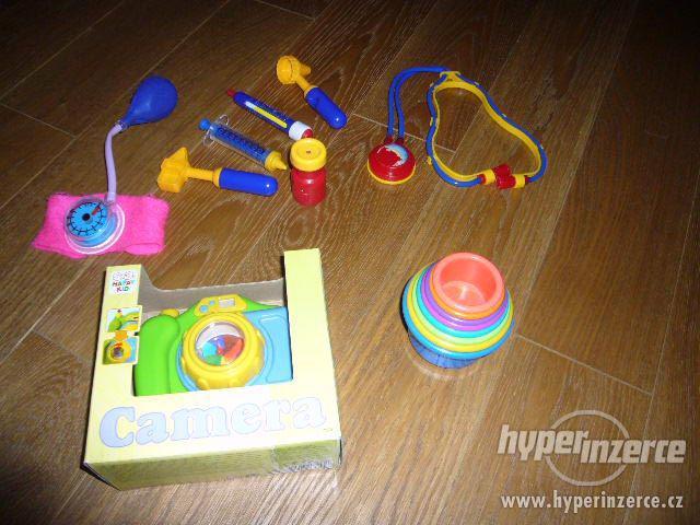 3 hračky pro nejmenší - balíček - foto 2