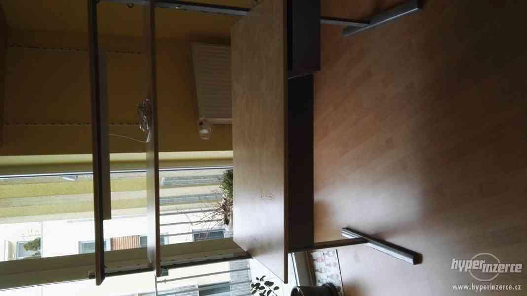 Prodám psací stůl Ikea - foto 2
