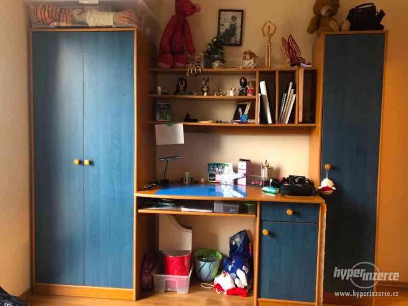 Sestava nábytku do dětského pokoje