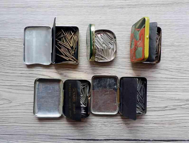 5 krabiček s gramofonovými jehlami do starých gramofonů - foto 3
