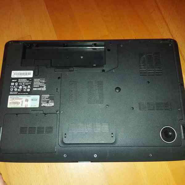 Obří notebook Acer  - foto 5