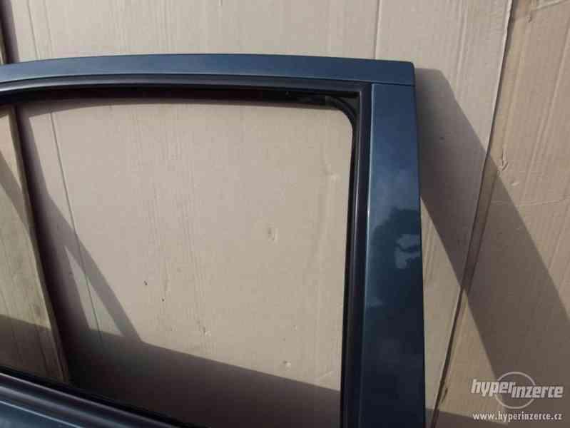 Pravé zadní dveře Škoda Octavia I hatchback - foto 4