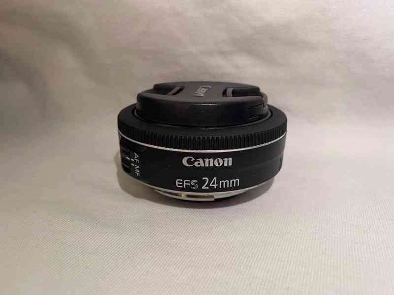 Prodám Canon EOS 200D - foto 4