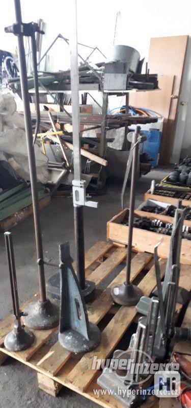 Na prodej stojanové rýsovadla-stojánkové nádrhy-výškoměry - foto 2
