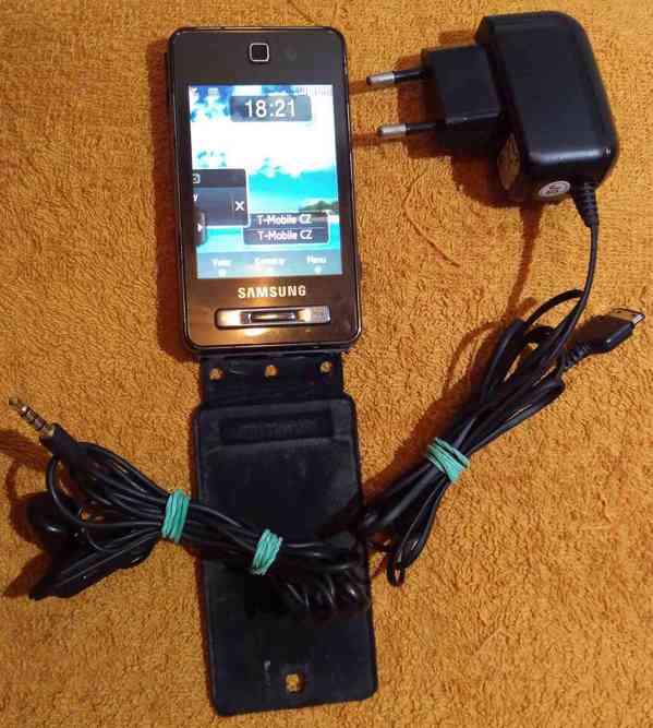 Nokia 5530 XpressMusic +Samsung SGH-F480 -zcela funkční!!! - foto 3