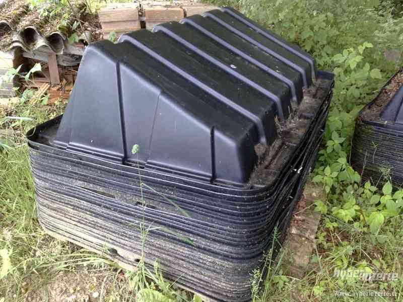 Stojany na fotovoltaické panely - 60ks