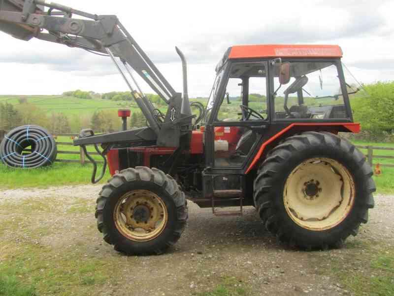 Traktor Zetor 5340 + kompletní čelní nakladač