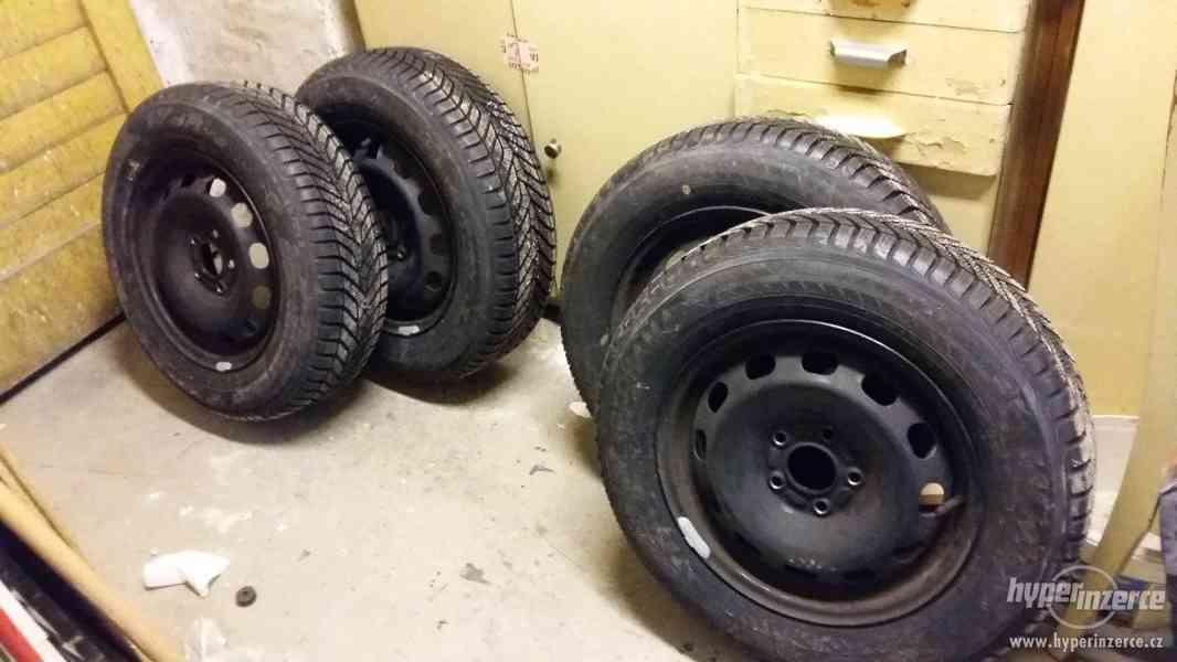 Inzerát Nové zimní pneumatiky Yokohama (disky Ford Focus)