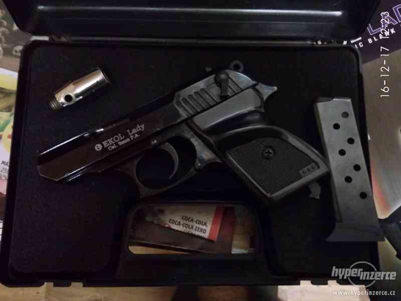Prodam zachovalou plynovou pistoli 9mm