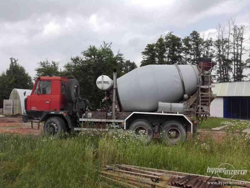 Tatra bomýchavač betonu Mix  7 m3