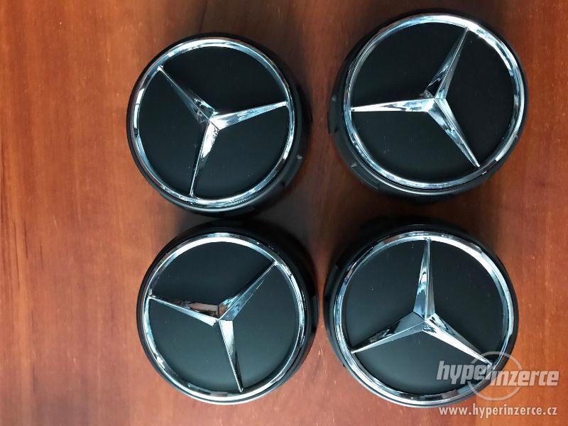 Mercedes Benz - Středové pokličky AMG - ČERNÉ