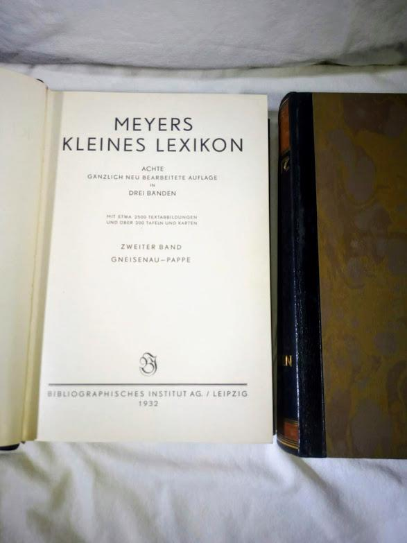 MEYERS  KLEINES  LEXIKON   (tři svazky) - foto 6