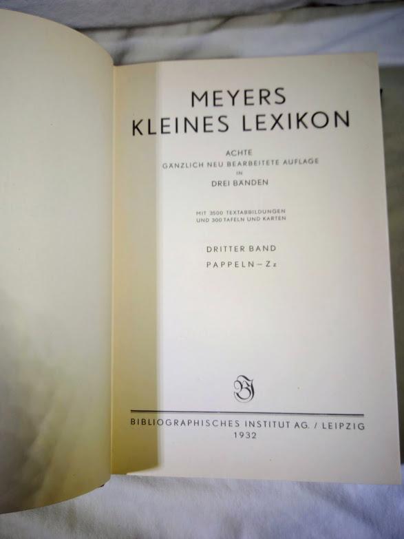 MEYERS  KLEINES  LEXIKON   (tři svazky) - foto 5