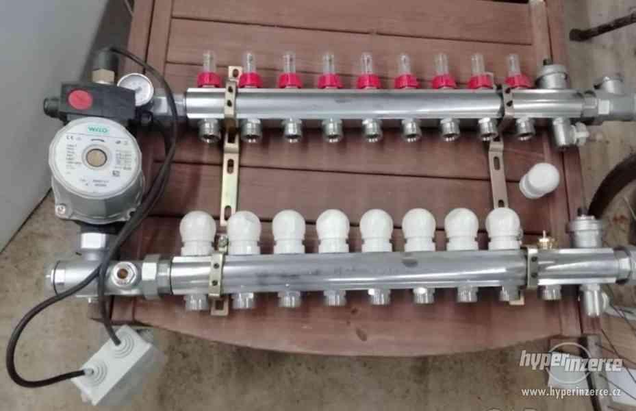 Rozdělovač pro podlahové topení s čerpadlem Wilo - 9 okruhů