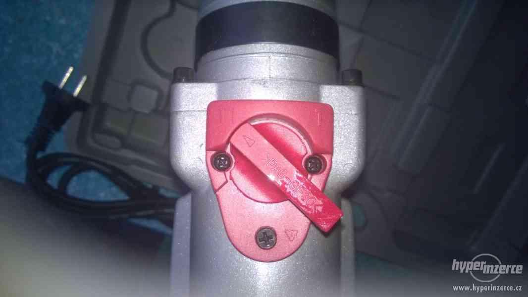 Vrtací a bourací kladivo  1300W (SDS+) - foto 4