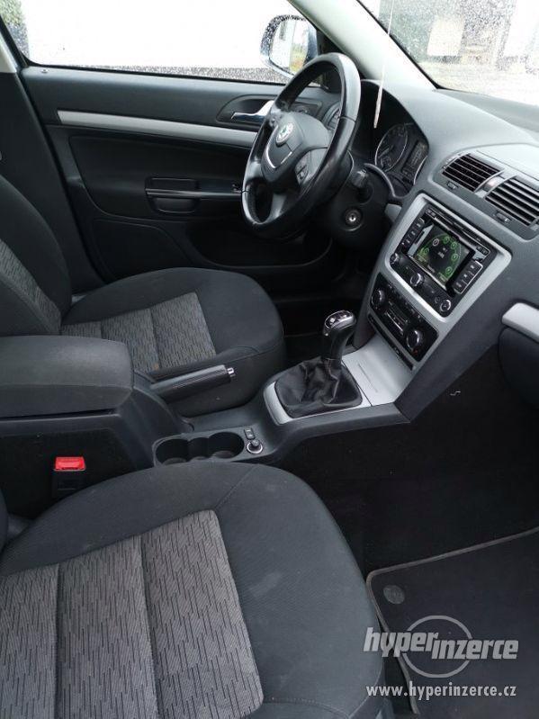 Škoda Octavia combi II - foto 5