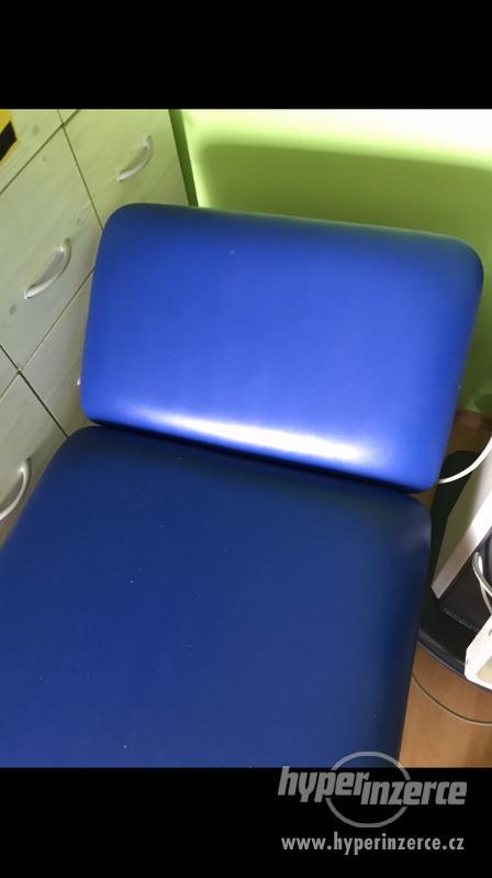 Modre nadtavitelne lehatko - foto 1