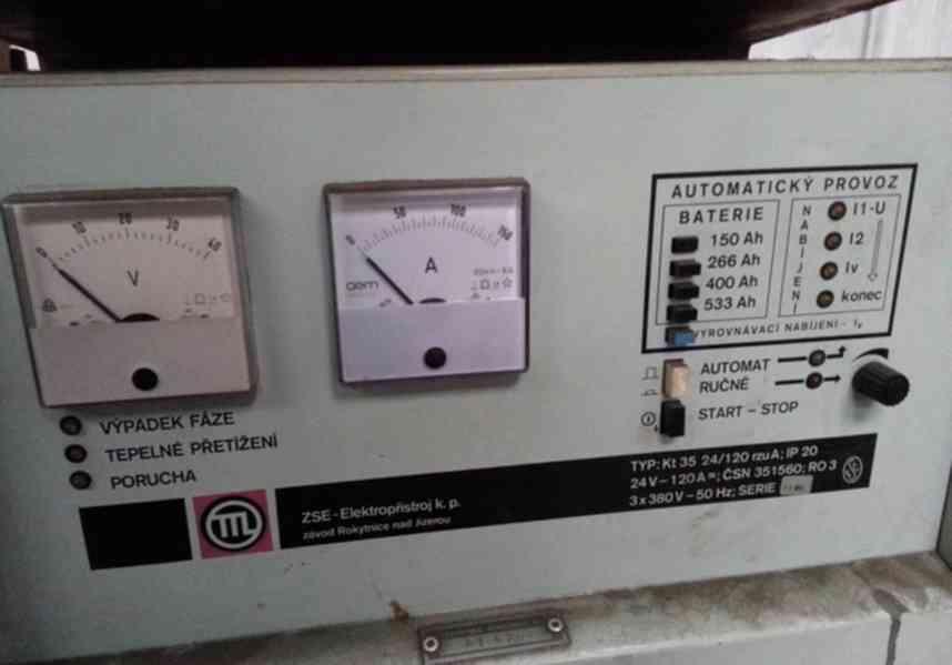 Dobíječka akumulátorová na paletové vozíky  - foto 4