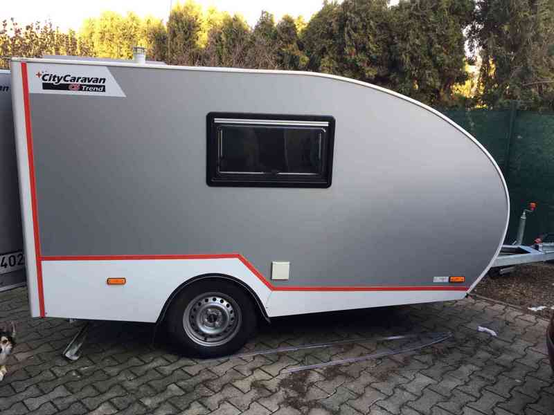 Pronájem malého karavanu - foto 1