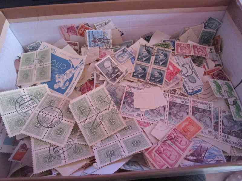 krabice znamek za 1200