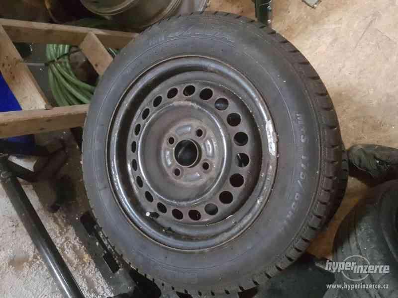 Plechové disky i s celoročníma gumama-Honda Jazz