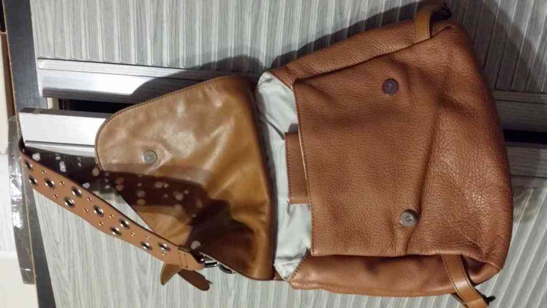 levně, značkové, používané  v  dobrém stavu dámské kabelky - foto 6