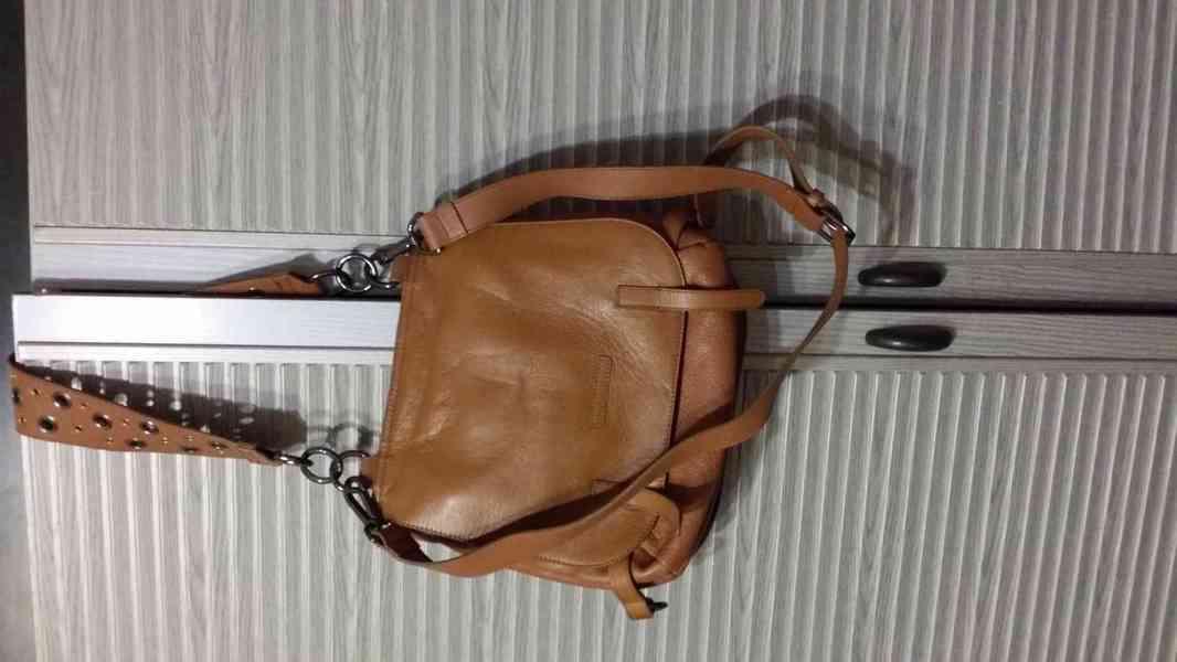 levně, značkové, používané  v  dobrém stavu dámské kabelky - foto 8