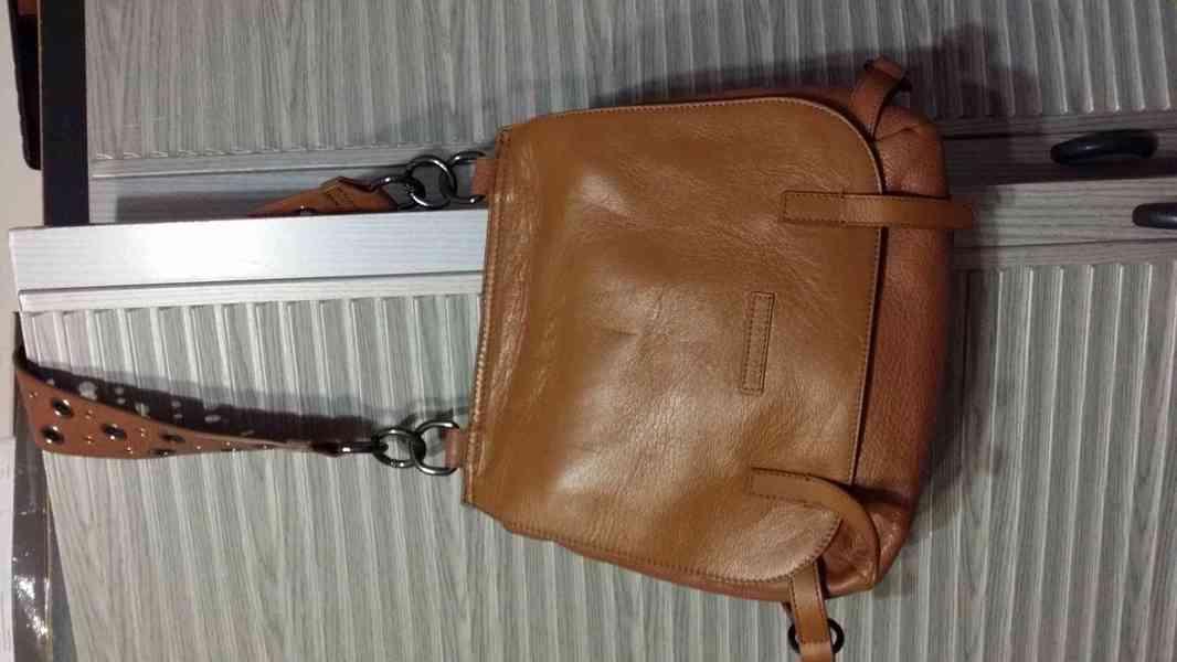 levně, značkové, používané  v  dobrém stavu dámské kabelky