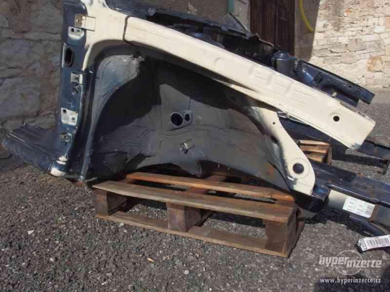 Nehavarovaná přední část karoserie Škoda Octavia I - foto 10