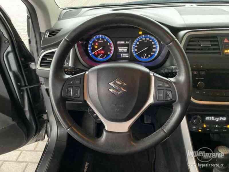 Suzuki SX4 S-Cross Comfort 4x4 1,6VVT benzín 88kw - foto 15