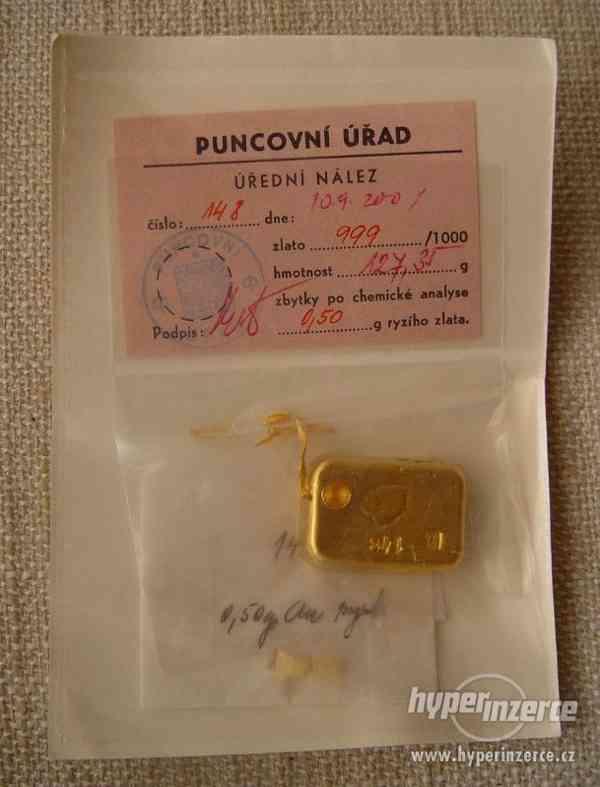 Prodám zlatou cihličku 127,45 g, ověřeno puncovní úřadem