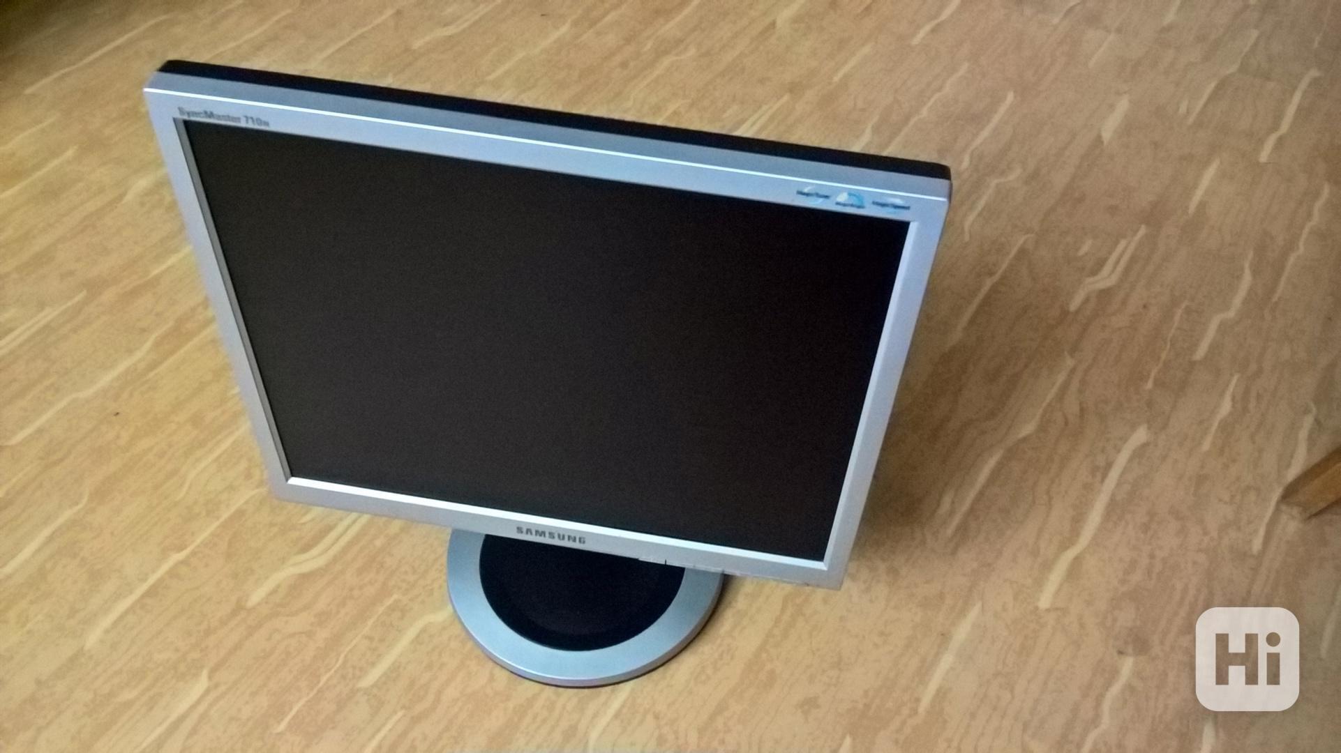 "Monitor SAMSUNG 17"" - foto 1"