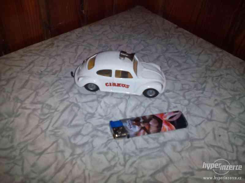 VW Brouk cirkus s přívěsem Kovap - foto 3