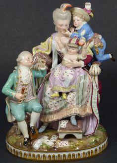 Porcelánové sošky a starožitný porcelán