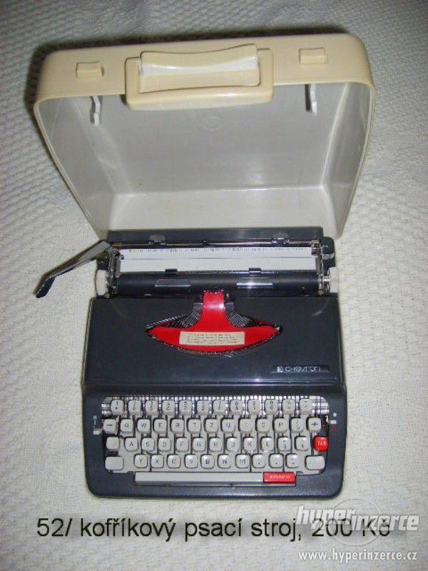 Kufříkový psací stroj