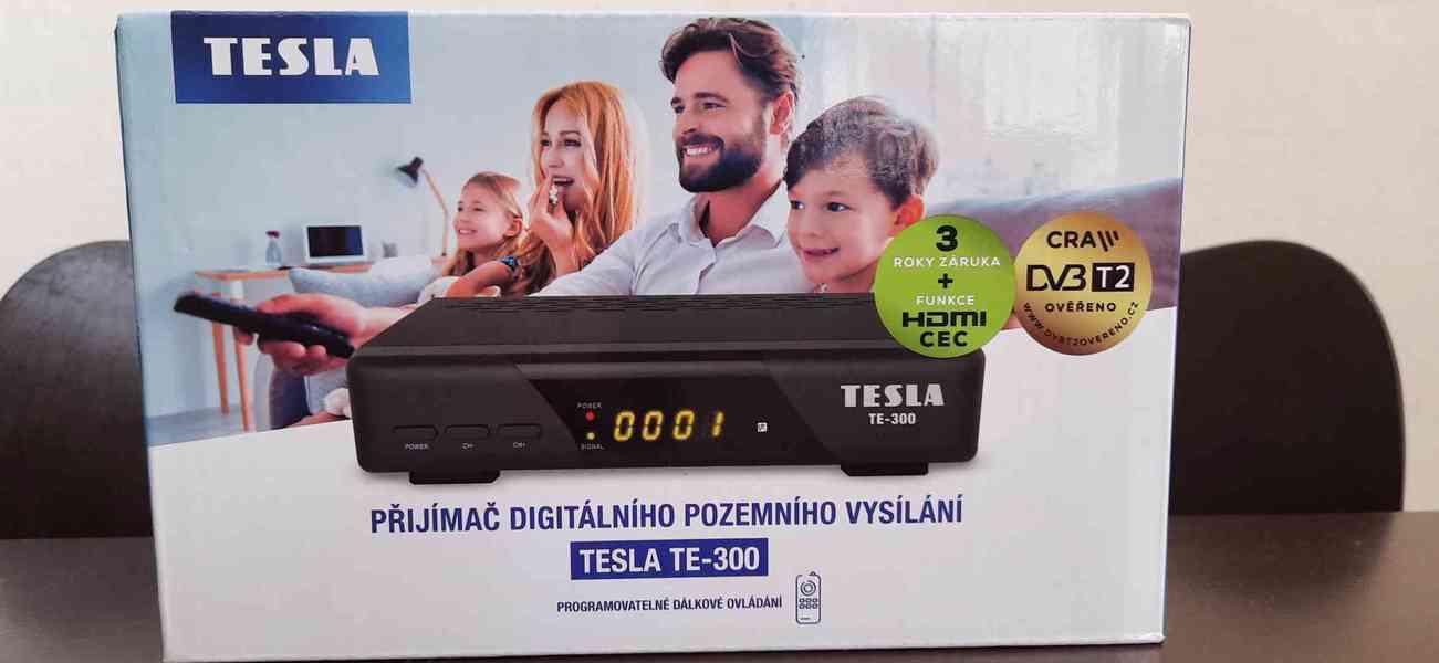 Použitá LG LCD TV 65cm + Set top box Tesla TE - 300 - foto 1