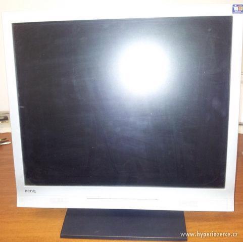 """17"""" LCD Displej BenQ T721"""