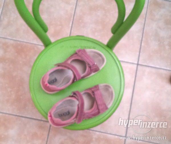 Sandále, letní boty, sandálky