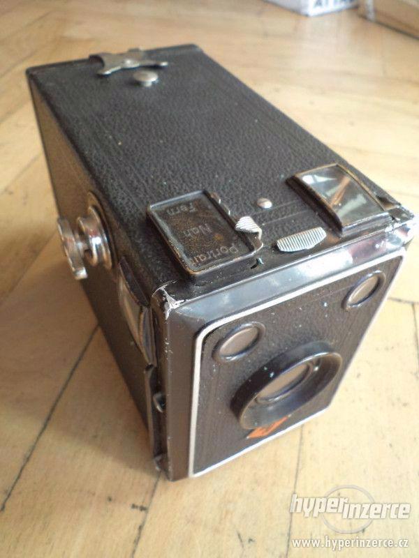 Historický Fotoaparát AGFA Box Spezial - Box 64