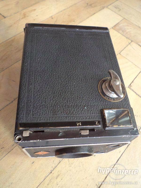 Historický Fotoaparát AGFA Box Spezial - Box 64 - foto 4