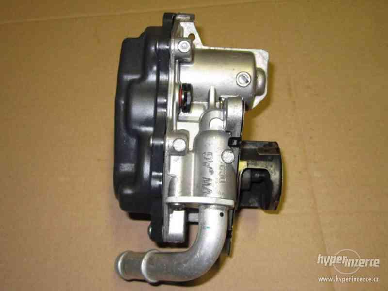 Original VW EGR AGR ventil 04L131501S 1,6TDI 2,0TDI - foto 4
