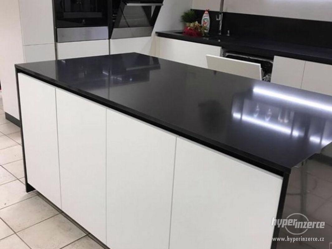 Luxusní nová kuchyň - foto 1