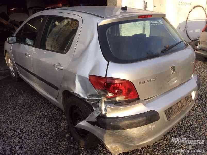 Peugeot 307 1,6i 16v - foto 4