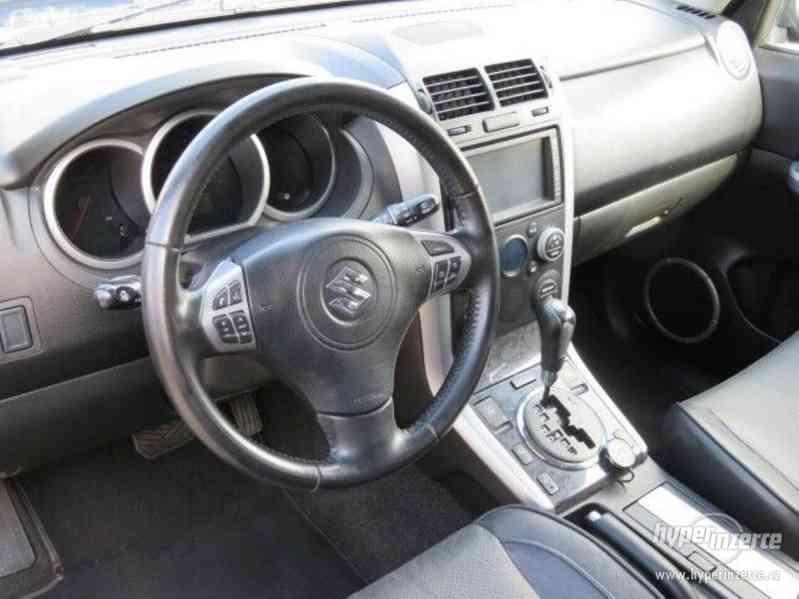 Suzuki Grand Vitara 3.2 Comfort+ 20 Jahre benzín 171kw - foto 9