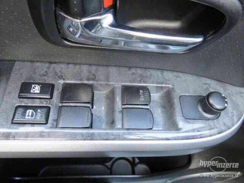 Suzuki Grand Vitara 3.2 Comfort+ 20 Jahre benzín 171kw - foto 13